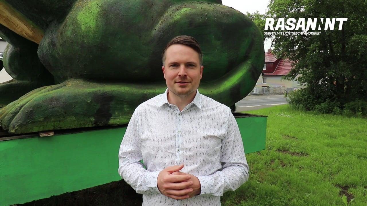 RASANNNT - Ideenstadtwerke Aufsichtsratschef Dominic Herbst zum Ausbaustart in Poggenhagen